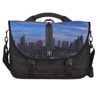 Empire State Building, horizonte de NYC y rastros  Bolsas De Portátil