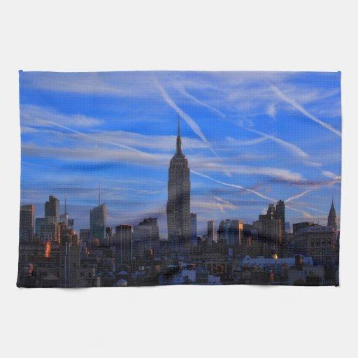 Empire State Building, horizonte de NYC y rastros  Toallas