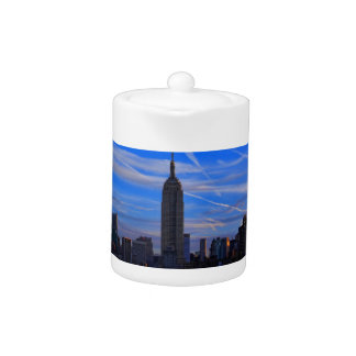 Empire State Building, horizonte de NYC y rastros