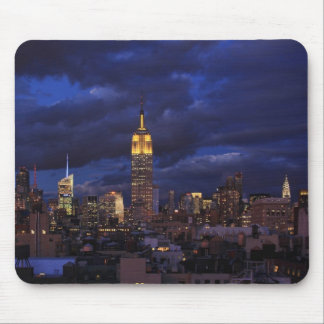 Empire State Building in Yellow, Twilight Sky 02 Mouse Pad
