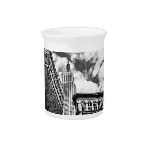 Empire State Building y rascacielos Jarra Para Bebida