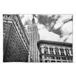 Empire State Building y rascacielos Mantel Individual