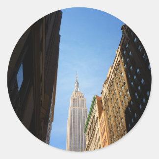 Empire State Building y sombras, New York City Pegatina Redonda