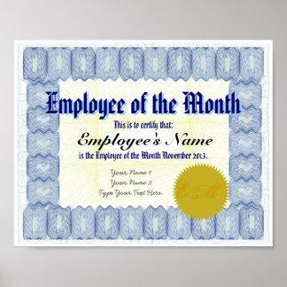 Empleado de la impresión del certificado del mes