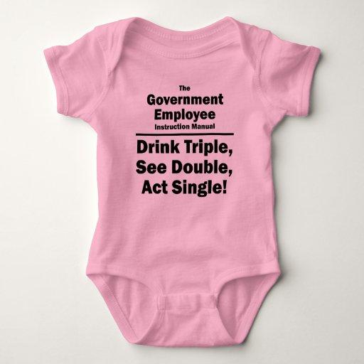 empleado del gobierno t-shirts
