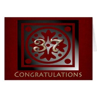 Empleado rojo de oro elegante del aniversario de tarjeta de felicitación