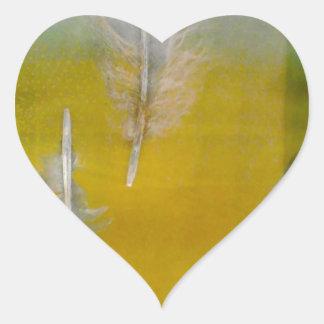 empluma los colores azules amarillos blancos pegatina en forma de corazón