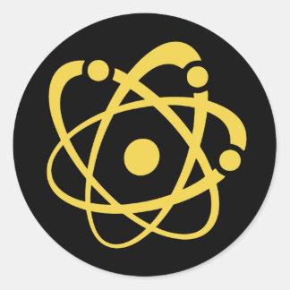 Empollón atómico pegatina redonda