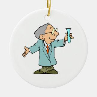 Empollón del científico en capa del laboratorio adorno navideño redondo de cerámica