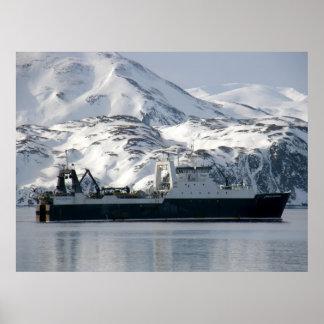 Empresa del Kodiak, barco rastreador de fábrica en Posters