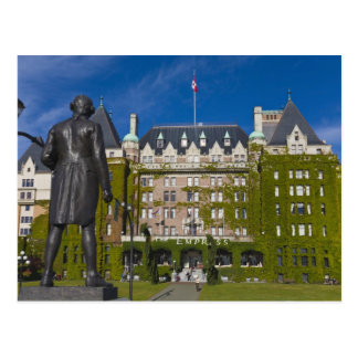 Empress Hotel and statue of Captain James Cook, Postcard