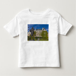 Empress Hotel and statue of Captain James Cook, Toddler T-shirt