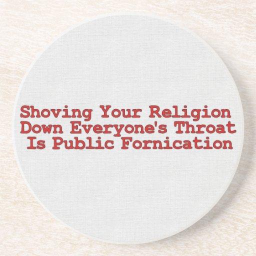 Empujadores desagradables de la religión posavaso para bebida