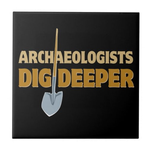 Empuje del arqueólogo azulejo ceramica