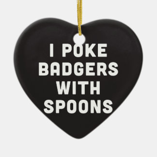 Empujo tejones con las cucharas adorno navideño de cerámica en forma de corazón