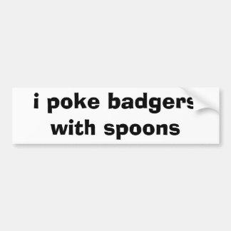 empujo tejones con las cucharas etiqueta de parachoque