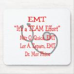 """EMT """"esfuerzo del equipo"""" hilarante Tapetes De Ratón"""
