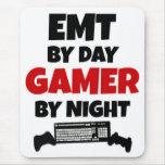 EMT por videojugador del día por noche Alfombrilla De Ratón