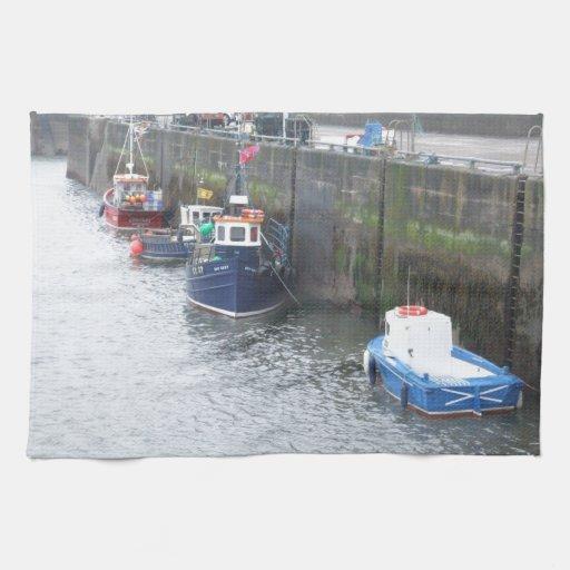 En alguna parte en Escocia: ¡Barcos! Toallas