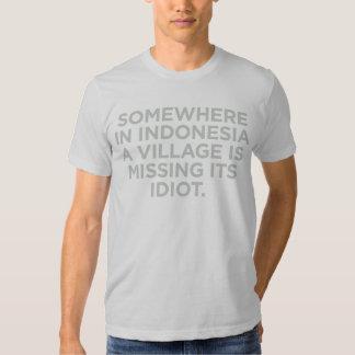 En alguna parte en la camisa de Indonesia