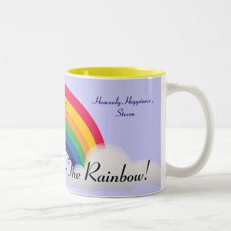¡En alguna parte sobre el arco iris! - Taza Dos Tonos