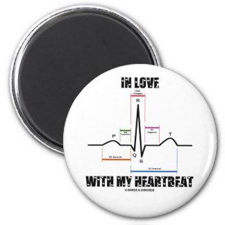En amor con mi latido del corazón (electrocardiogr imán redondo 5 cm