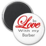 En amor con mi peluquero imán de frigorífico