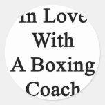 En amor con un coche del boxeo pegatina redonda