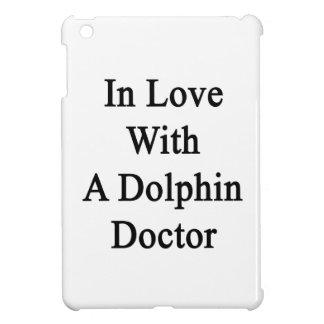 En amor con un doctor del delfín