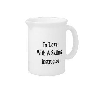 En amor con un instructor de la navegación jarras de beber