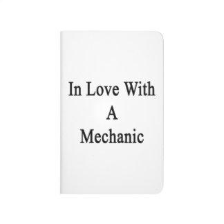 En amor con un mecánico cuaderno