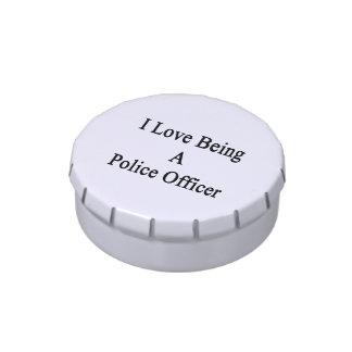 En amor con un oficial de policía frascos de dulces