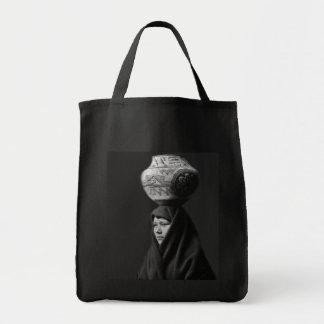 En Au Leih Grocery Tote Bag