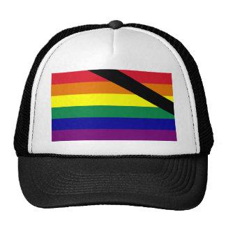 En bandera del orgullo de la memoria gorra