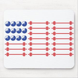En barra confiamos en - la bandera americana del tapete de ratones