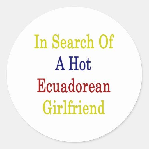 En busca de una novia ecuatoriana caliente etiqueta redonda