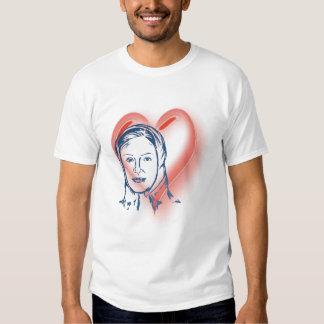 En camiseta cariñosa de la memoria camisas