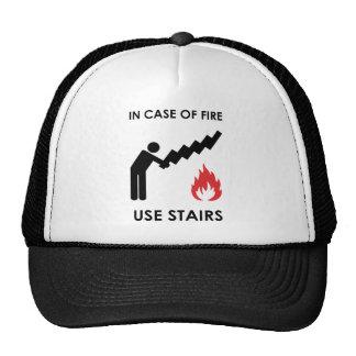En caso de las escaleras del uso del fuego gorras