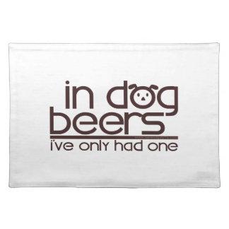 En cervezas del perro…. manteles individuales