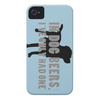 En chiste de las cervezas del perro funda para iPhone 4
