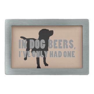 En chiste de las cervezas del perro hebillas cinturon rectangulares