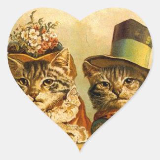En--ciudad vestida vintage de los pares del gato pegatina en forma de corazón