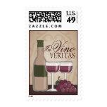 En cristales y uvas de botellas de vino de Veritas Estampillas