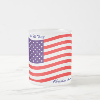 En dios confiamos en al cristiano América del ~ Taza De Café Esmerilada