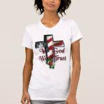 En dios confiamos en camiseta
