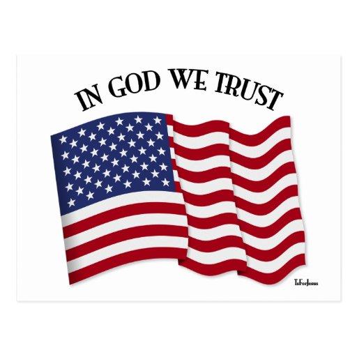 En dios confiamos en con la bandera de los E.E.U.U Tarjeta Postal