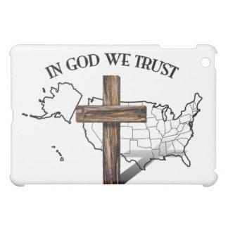 En dios confiamos en con la cruz rugosa y el esque