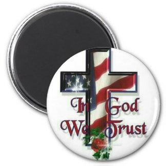 En dios confiamos en imán de nevera