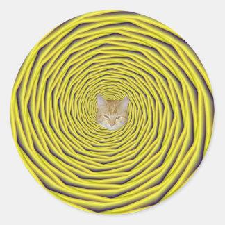 En el agujero + gato etiquetas redondas