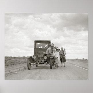 En el camino, 1937. Foto del vintage Póster